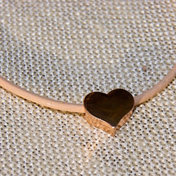 heart bracelet with rose-gold coloured heart charm and nude leather strap ethically sourced home of juniper
