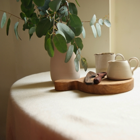sq-handmade-ceramic-jugs-wood-kitchenware-eadie-vase-lajuniper.