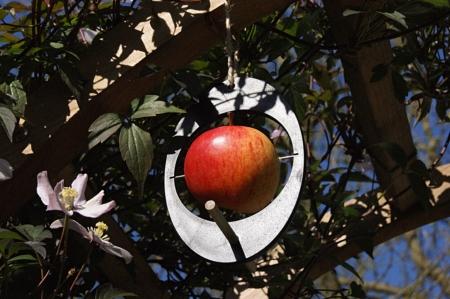 bird-feeder-made-cornwall-recycled-plant-pots-eco-homeofjuniper