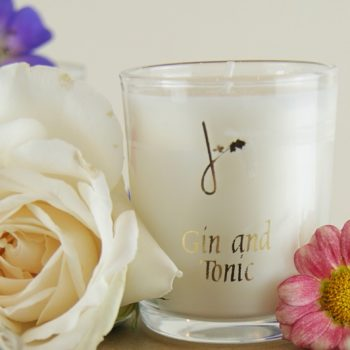 gin and tonic candle with summer flowers home of juniper