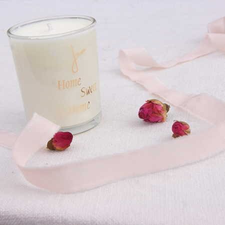 home-sweet-home-candle-ribbon-roses