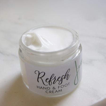 refresh-footcream-open
