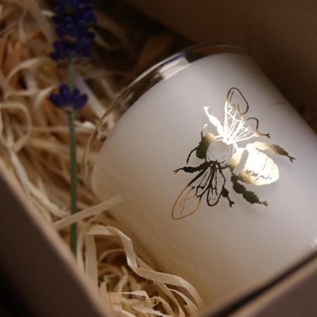 bumblebee-bee-candle-scented-natural-cruelty-free-homeofjuniper