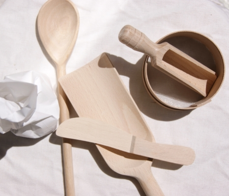 sustainable-beech-wood-bake-knife-sieve-cake-spoon-homeofjuniper