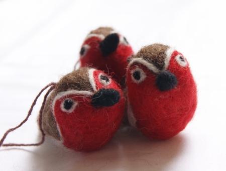 mini-felt-robin-trio-homeofjuniper-christmas