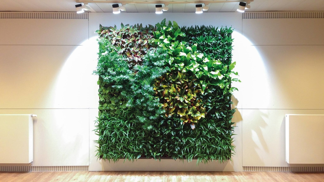 living-wall-plant-blog-homeofjuniper