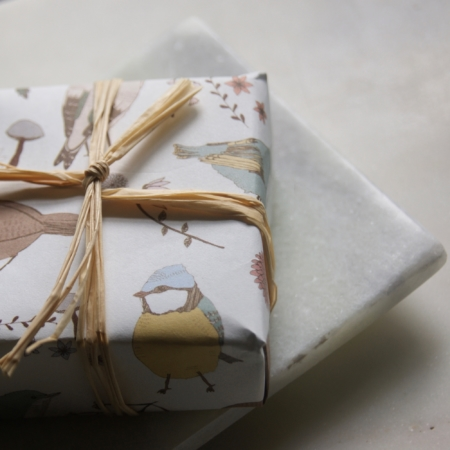 love-bar-soap-natural-made-uk-homeofjuniper-sq-soap-dish