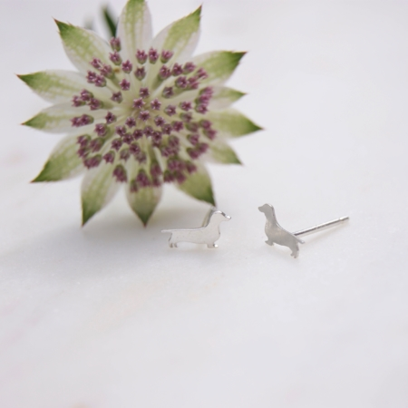 sq-astrantia-dachshund-earrings-homeofjuniper