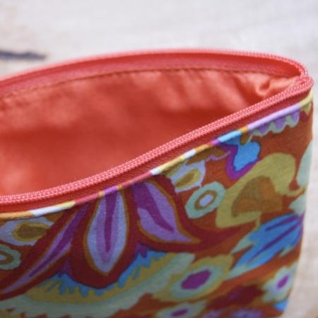 coral-small-purse-homeofjuniper-fairtrade-kaffe-fassett-aura-que