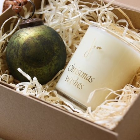 green-bauble-christmas-gift-set-homeofjuniper