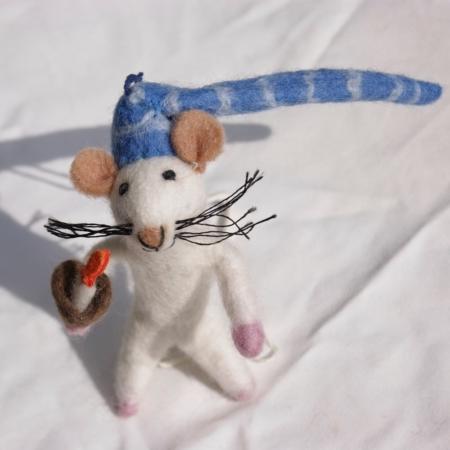 sq-bedtime-mouse-felt-homeofjuniper