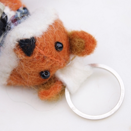tall-mr-fox-keyring-felt-fair-trade-homeofjuniper
