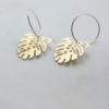 brass-monstera-hoop-earrings-homeofjuniper-jewellery