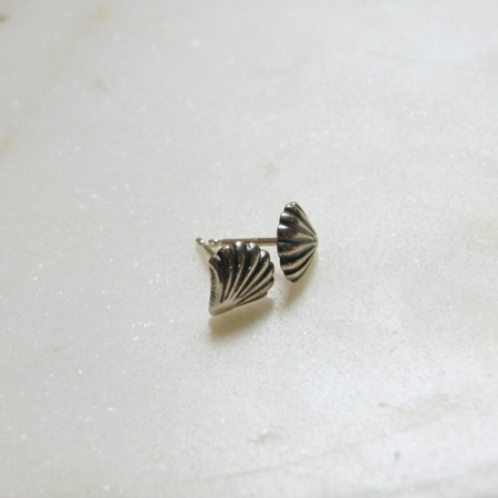 shell-stud-earrings-made-in-cornwall