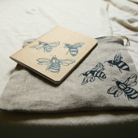 bee-pouch-notebook-lajuniper.
