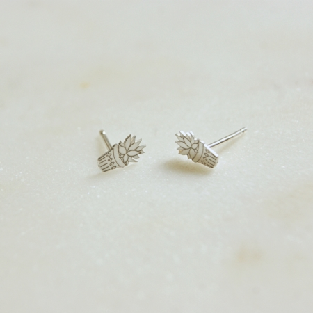 aloe-vera-stud-earrings-lajuniper
