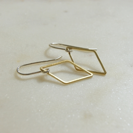brass-diamond-earrings-lajuniper