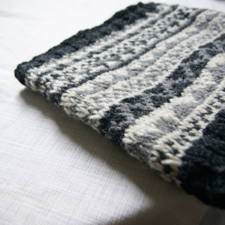fairisle-grey-neckwarmer-lajuniper