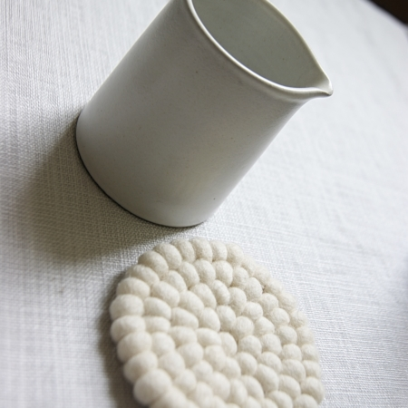 ceramic-jug-cream-coaster