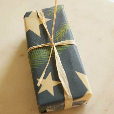 small-ginger-lime-poppyseed-soap