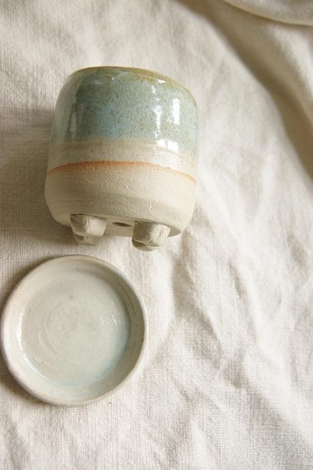 ceramic-succulent-planter-and-base