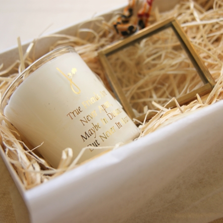 candle-frame-giftset-faraway-gift-set
