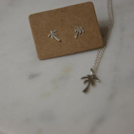 palm-tree-earrings